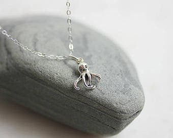 Tentacle Necklace,925 Sterling Silver Octopus Necklace,Silver Octopus Charm Necklace, Sea Necklace, Nautical Jewelry, Gift for her