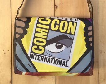 Flash San Diego Comic-Con souvenir messenger bag/purse