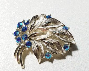 Vintage Blue Aurora Borealis Silvertone Pin Brooch Signed Lisner