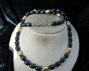 Vintage Signed Napier Goldtone & Black Beaded Necklace