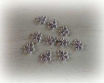 10 flower charms antiqued silver 10 mm