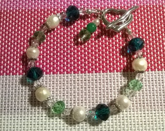 Bracelet with crystals and pearls