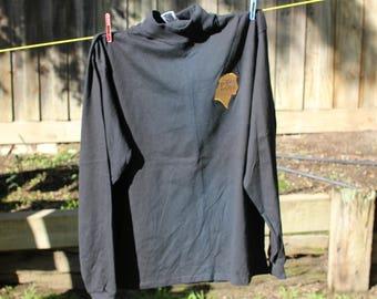 PRINCE OF EGYPT Dreamworks turtleneck shirt