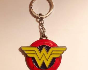 Wonder Woman  Metal  Keychain D.C. Comics