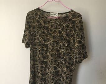 90s Flower Power T -Shirt