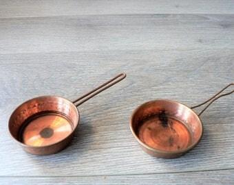 Vintage Mini Copper Frying Pan - Dollhouse Copper Miniatures Copperware Kitchen - 2 Available