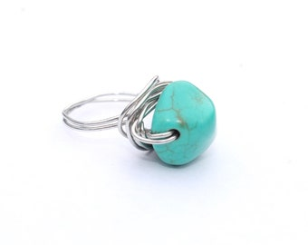Statement wire wrapped turquoise stone ring