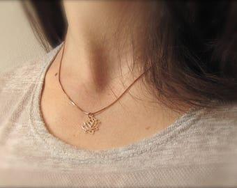 Lotus Flower | Necklace | Rosé gold