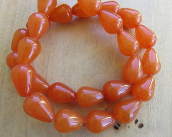 Set of 2 drop beads of 14 x 10 mm genuine white jade: papaya.