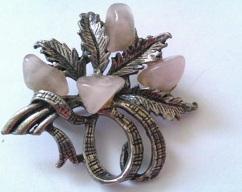 silver coloured pink agate stone brooch