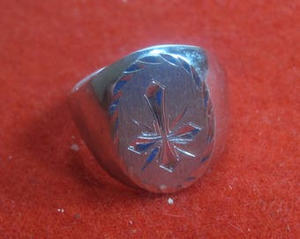 R- 14 Beautiful  Vintage Ring 925 silver size 11