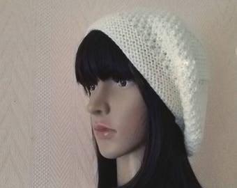 Beret, winter Hat hand knitted woolen woman (head circumference 52/58 cms)