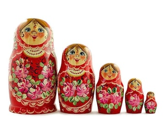 7'' Set of Girls in Red Dress Wooden Russian Nesting Dolls