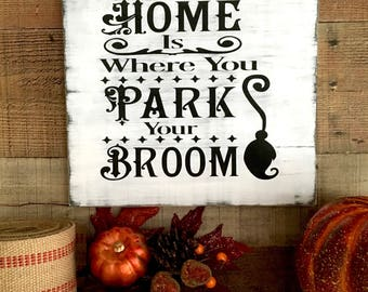 Halloween Witch Decor,Witch Halloween Sign,Halloween Party Decor,Rustic Halloween,Haunted,Halloween Sign,Wicked Witch Decor,Halloween Witch