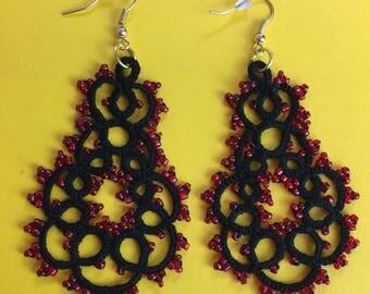 Handmade black and red tatting earrings, lace earrings, beaded tatting jewelry, filigree tatting jewelry, chandelier earrings