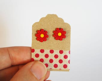 Studs red daisies in fimo