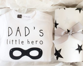 New Dad Gift Monochrome Nursery Newborn Gift Set Boy Coming Home Bodysuit Fitted Crib Sheet Dad to Be Monochrome Baby Shower Gift Box