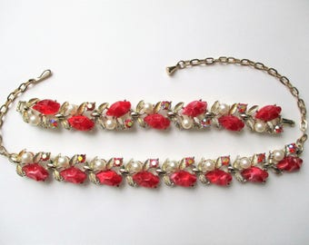 Red Thermoset Necklace and Bracelet Set Choker Necklace Set Demi Parure Gold Tone Link Jewelry Set Faux Pearls Marbled Thermoset