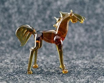 Color Glass horse.Figurine horse.Figurine Glass.Figurine.Glass Animal.Sculpture Glass.Art horse.Figure horse.Figure gift.lampwork(f12)