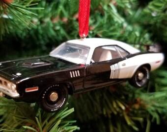 Custom 1971 Plymouth Barracuda Hemi Cuda  Christmas Ornament Free Shipping Happy Holidays
