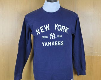 Vintage Sweater New York Yankees Major League Baseball Sweatshirt