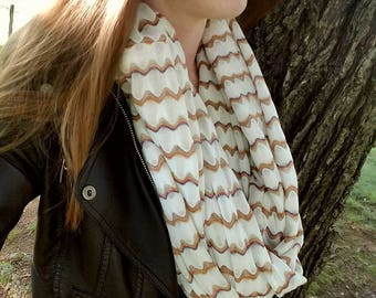 Gold Waved Infinity Scarf