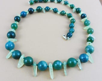 "Necklace ""Jurassic Teeth"" - Moss Agate Beads and Prehnite Splinters"