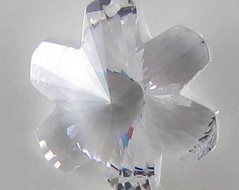 20mm faceted CZ cubic zirconia flower pendant clear 16790