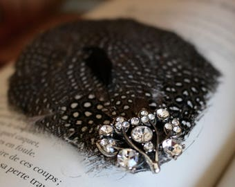Hand made Fascinator feather Guinea fowl wedding vintage dance hair accessory