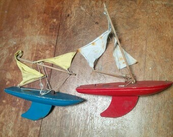 2 Vintage Star Yacht Pond yachts SY1, Boats,  Birkenhead, Made in England, in need of attention
