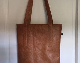 Beautiful cognac leather shopper