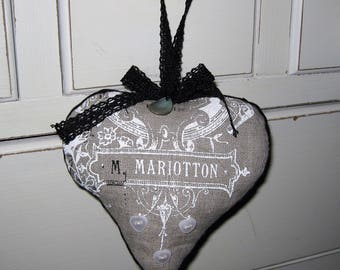 Heart door cushion linen and black lace and Pearl buttons