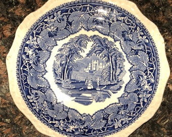 Vintage porcelain Mason's Patent Ironstone Vista England Blue White dinner serving plate 8""