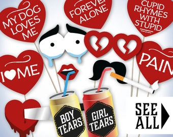 Anti Valentine photo booth props: printable PDF. Anti Valentines Day photoboth decorations. Funny Anti-Valentine's party supplies, download.