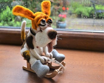 needle felted Beagle puppy with sledge, tricolor puppy, beagle, lovely pets