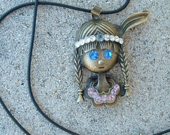 Indian bronze pendant with Rhinestones mounted on leather cord 50 cm