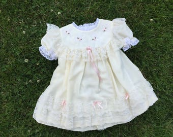 Vintage 80's pale yellow flower girl dress