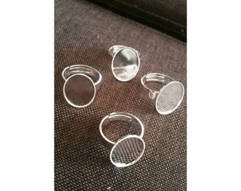 Silver plated. 4 cabochons ring holders