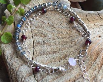 Pretty bracelet / gift for her/ sterling silver bracelet / labradorite bracelet / garnet / rose quartz / bracelet