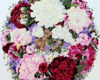 The Garden Wreath II Glynda Turley Vtg Crewel Embroidery Kit Floral Wool Yarn