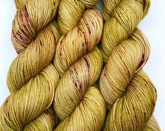 "Hand Dyed Yarn ""Rooted"" Yellow Olive Green Purple Rust Speckled Merino Fingering Superwash 438yds 100g"