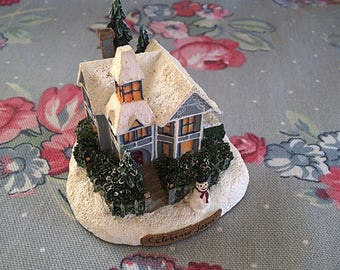 Vintage Thomas Kinkade Mini House Decoration