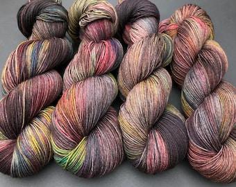 "Sock yarn, Hand dyed yarn, sock weight,""Karson"", Superwash Merino, 463 yards, speckled yarn, holiday"