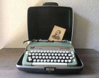 Vintage Smith Corona Super Sterling Portable Manual Typewriter with Original Case