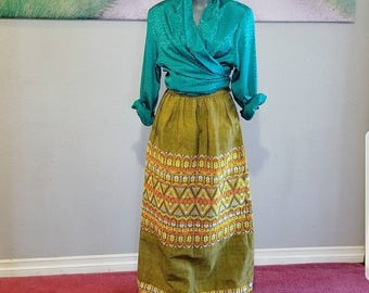 Vintage Handmade Skirt, Guatemalan, Green Long Skirt, Embroidered, Ethnic Print, Size XS - Small