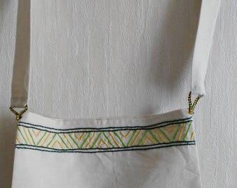 Medieval linen embroidered hand bag
