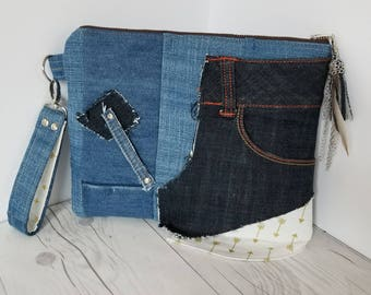 Denim Clutch Purse, Clutch Bag, Clutch Wristlet, Clutch handbag, Jean Purse, Upcycled bag, Arrow Print, Gift for women, Birthday Gift