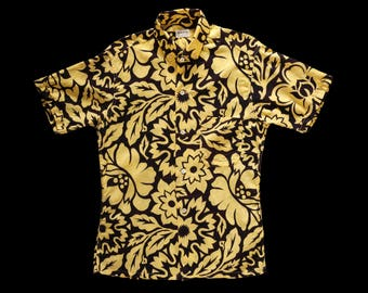 Late 50s Early 60s Black and Yellow Floral Print Shirt Small