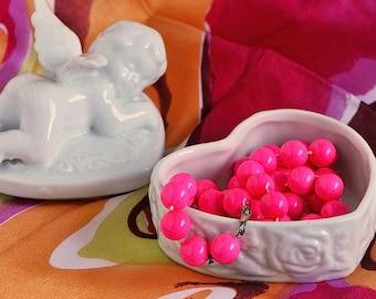 Vintage Ceramic Angel Heart Trinket Box / White Ceramic Heart-shaped Trinket Box / Lidded Angel Trinket Box / Angel Heart Jewelry Box