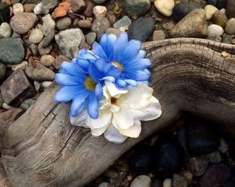 Blue Daisy /White silk flower hair clip
